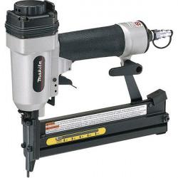 Agrafeuse pneumatique 8 bar 16 à 38 mm Makita AT638