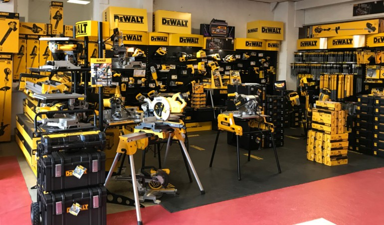 Shop in shop DeWALT